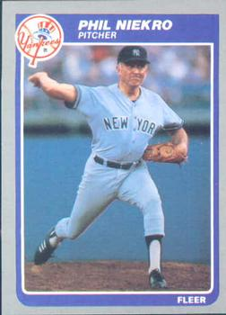 1985 Fleer #138 Phil Niekro Front