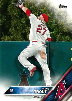 2016 Topps #1 Mike Trout Front