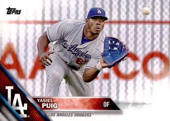 2016 Topps #139a Yasiel Puig Front