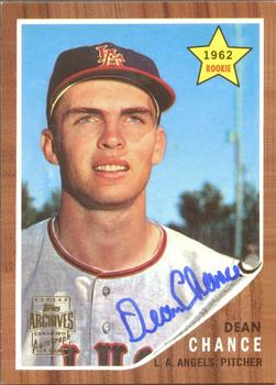 2001 Topps Archives - Autographs #TAA76 Dean Chance Front