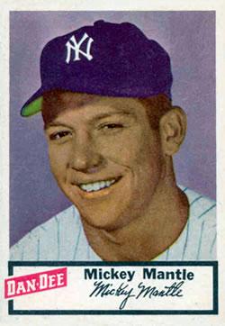 1954 Dan-Dee Potato Chips #17 Mickey Mantle Front