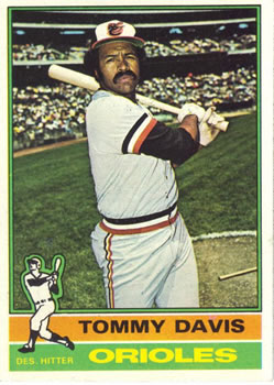 1976 Topps #149 Tommy Davis Front