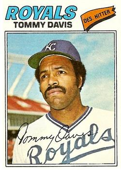 1977 Topps #362 Tommy Davis Front