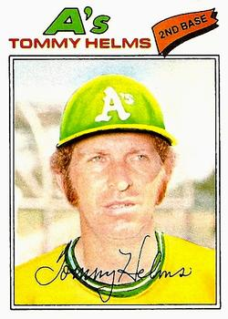 1977 Topps #402 Tommy Helms Front