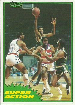 1981-82 Topps #E108 Robert Parish Front