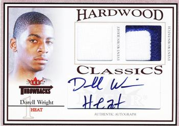 2004-05 Fleer Throwbacks - Hardwood Classics Jerseys Autographs 1 #HCA-DW Dorell Wright Front