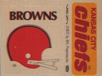 1975 Fleer Football Patches #NNO Cleveland Browns Helmet / Kansas City Chiefs Name Front