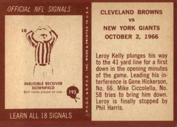 1967 Philadelphia #193 Browns Play vs Giants - Leroy Kelly  Back