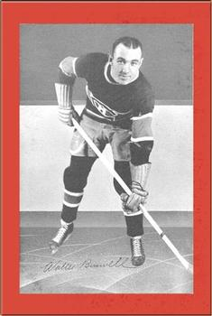 1934-43 Bee Hive Hockey Photos (Group 1) #NNO Walt Buswell Front