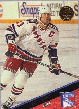 1993-94 Leaf #158 Mark Messier Front