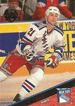 1993-94 Leaf #164 Sergei Zubov Front