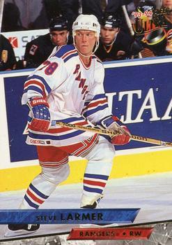 1993-94 Ultra #373 Steve Larmer Front