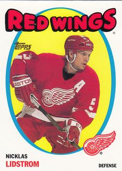 2001-02 Topps Heritage #112 nicklas lidstrom-Detroit Red Wings