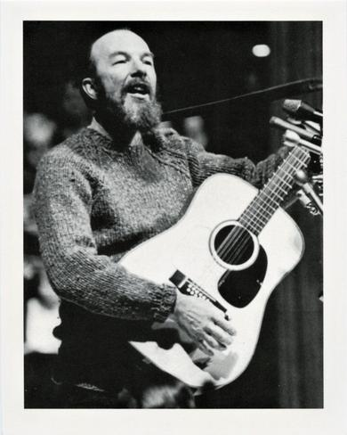 1995 Angar International Who's Who #185 Pete Seeger Front
