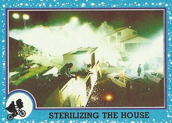 1982 Topps E.T. The Extraterrestrial #54 Sterilizing the House Front